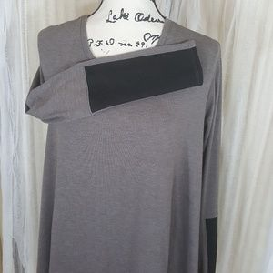 Three Dots taupe and black tunic M
